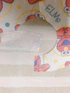 コストコビブスター使い捨てエプロンの首元の写真